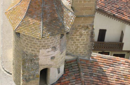 Auch château 250 000 euros