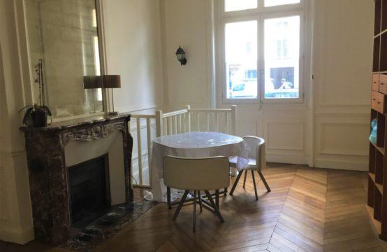Paris 17ème appartement 477 000 euros